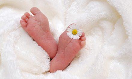Comment choisir un cadeau de naissance