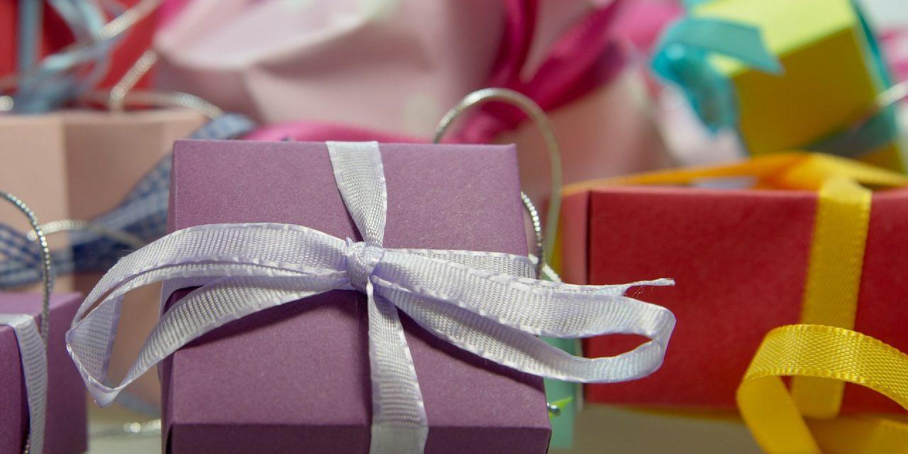 Comment faire plaisir à son papa avec un cadeau original?