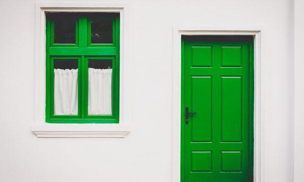Comment choisir la porte en PVC idéale ?