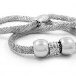 Comment nettoyer vos bijoux en inox ?
