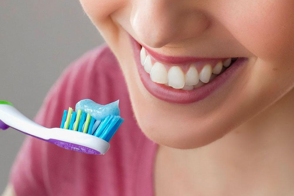 Comment avoir de belles dents le plus longtemps possible ?